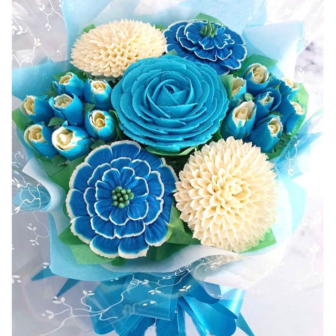 Blue Flower Cupcakes Bouquet Food Drinks Baked Goods On Carousell