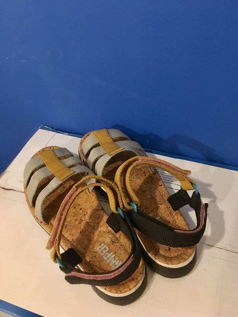 Camper 涼鞋