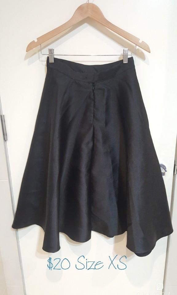 """""""Forever 21"""" Satin High Waisted Black Midi Skirt (Size XS)"""