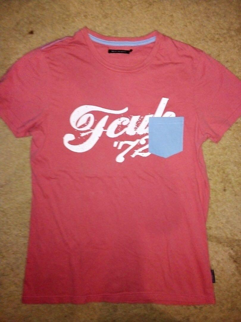 FRENCH CONNECTION FCUK SIZE S SALMON DYE contrast pocket TEE