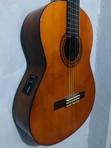 Gitar klasik akustik Yamaha CX 40
