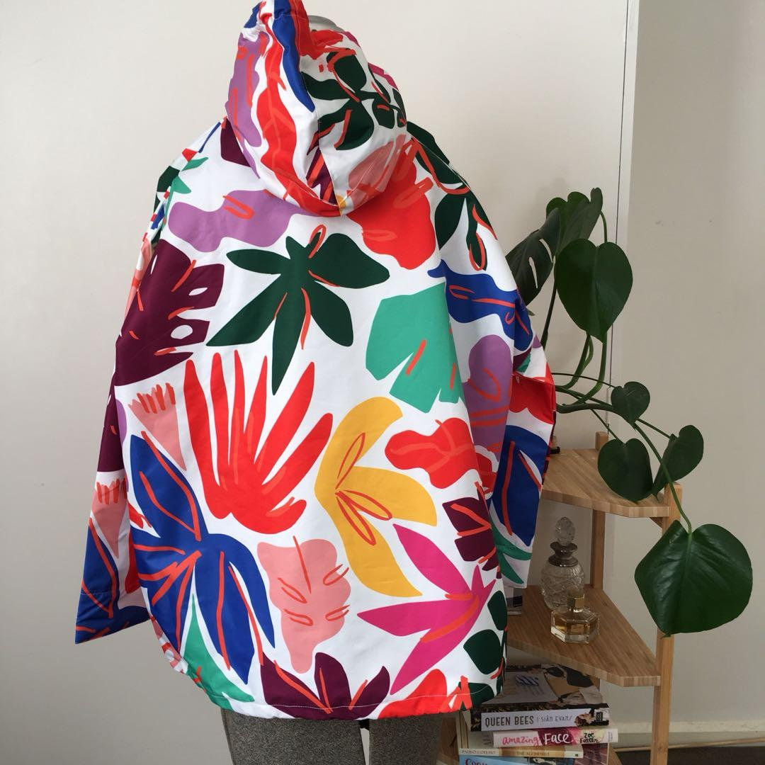 Gorman Frondly Face print raincoat. Small to medium