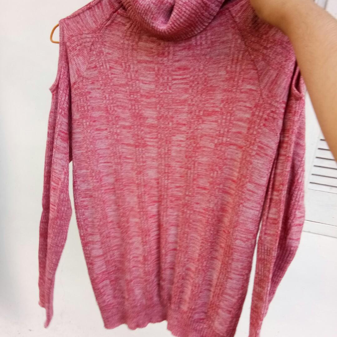#SociollaCarousell Long sleeve pink blouse rajut