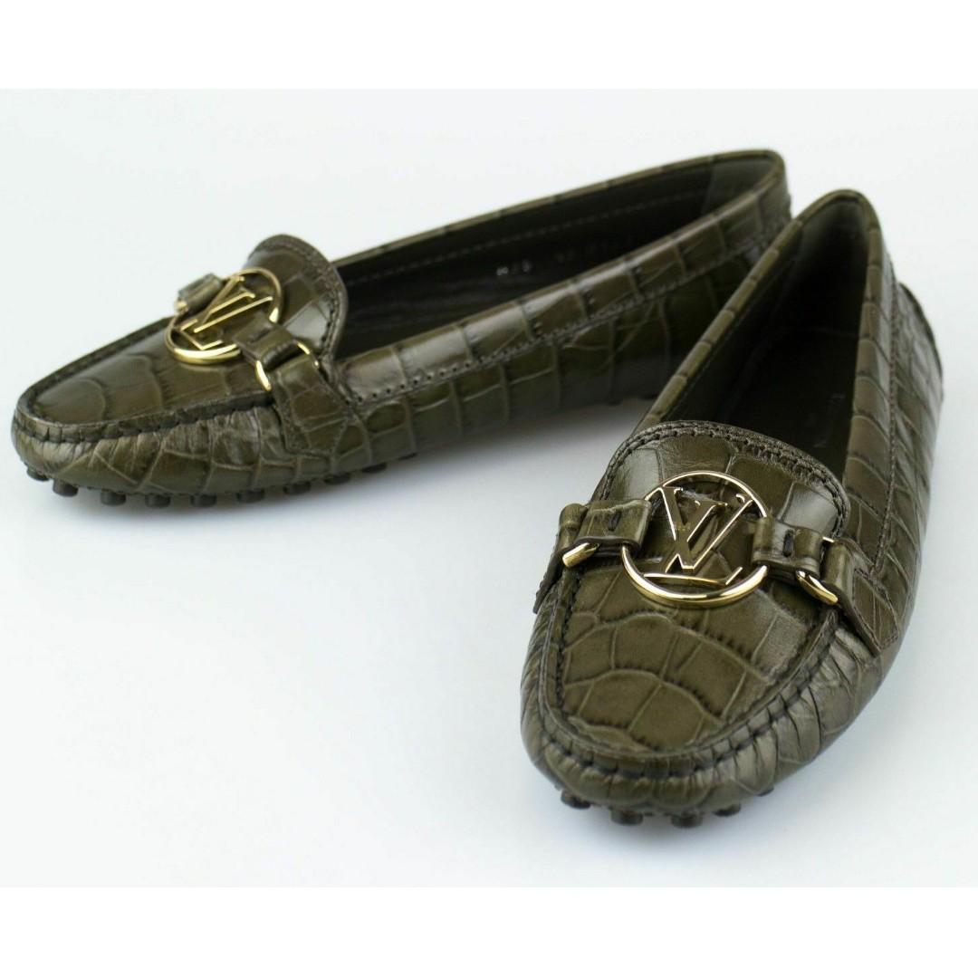 e16959cf12 LOUIS VUITTON - Dauphine Flat Loafers in Kaki Colour (LV/Italian Size 350)
