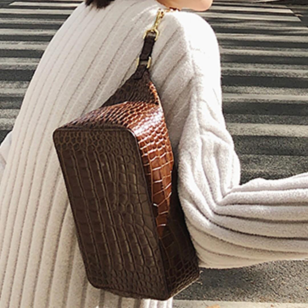MADE IN TAIWAN Vintage Rectangle Bag