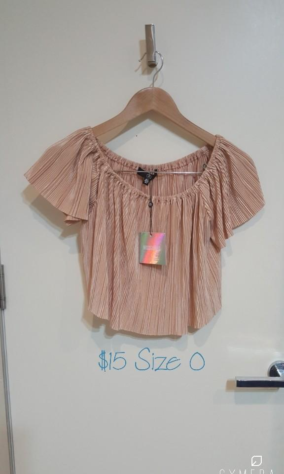 """Missguided"" Pleated Peach Short Sleeve Top (Size 0)"
