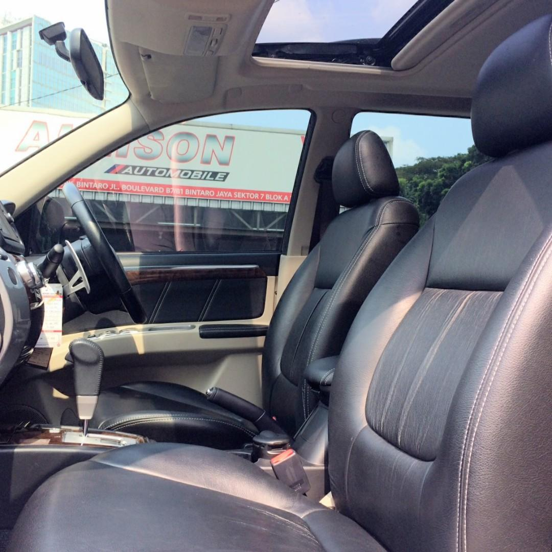 Mitsubishi Pajero Sport Dakkar AT Bensin 3.0 2014 Hitam Km 23 RB, Sunroof, No Pol  Ganjil