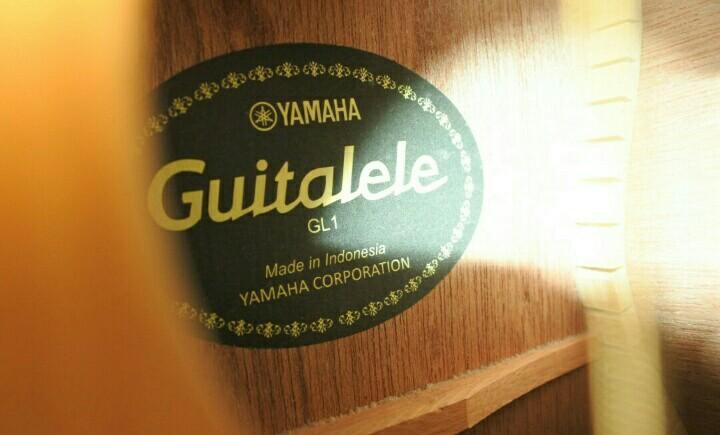 REPRICE!! YAMAHA GUITALELE GL1