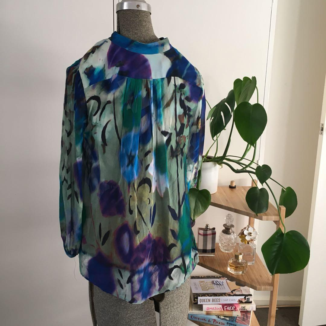 Scanlan & Theodore Colourful print viscose top.  Size 10
