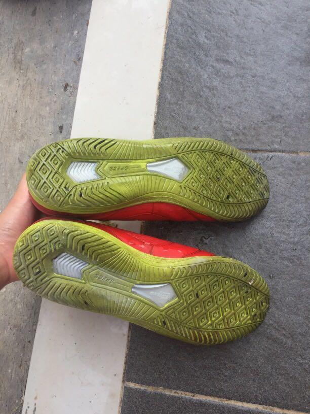 Sepatu futsal specs ori mulus uk 42