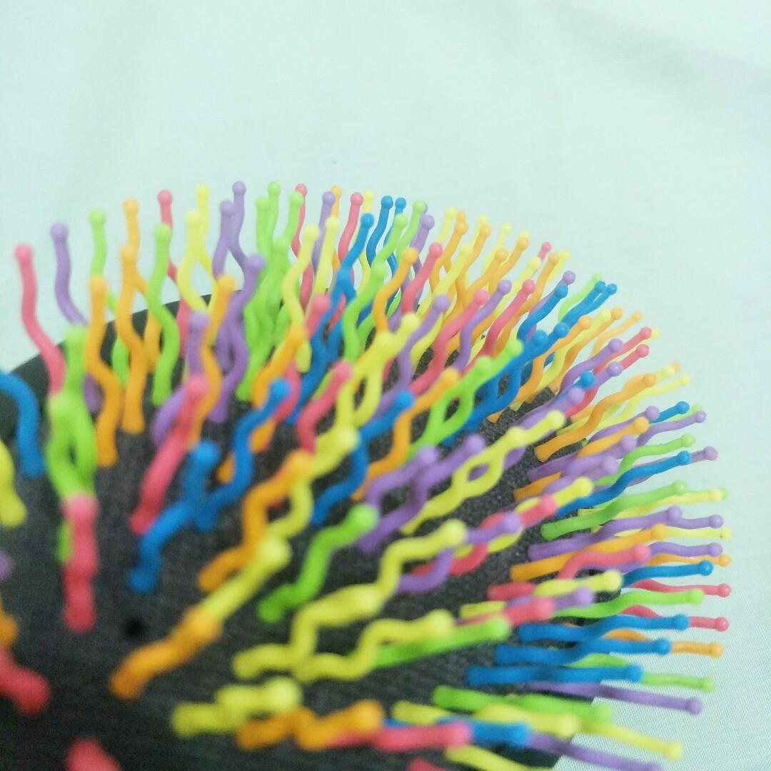 Sisir Volume Miniso Rainbow Hair Brush