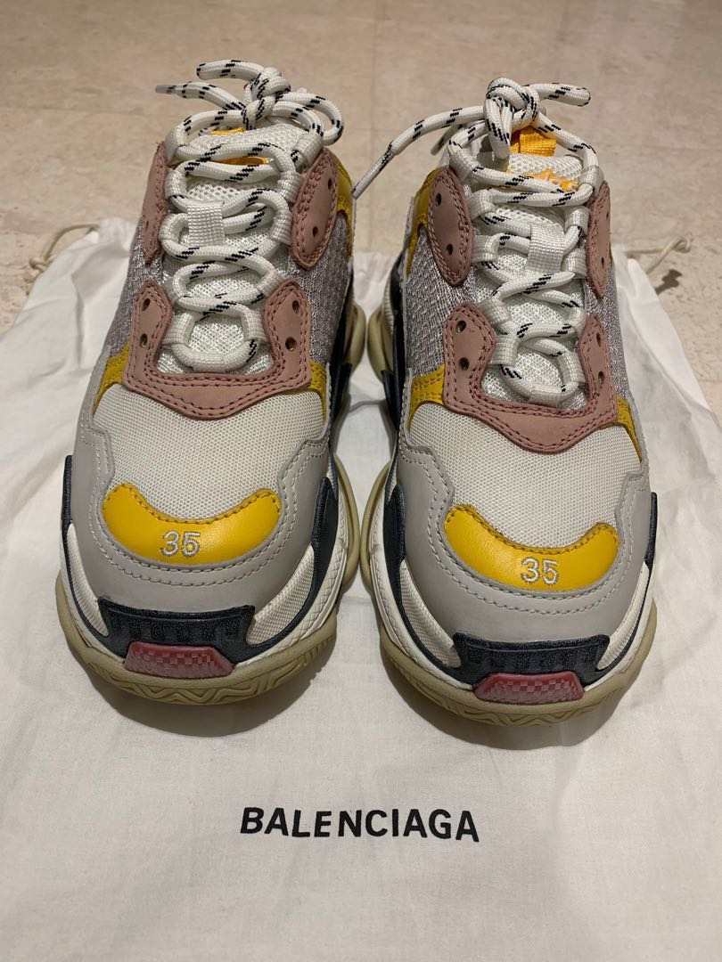 e397537ce Size 35 Balenciaga Triple S trainers, Women's Fashion, Shoes, Sneakers on  Carousell