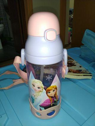 Elsa 水樽