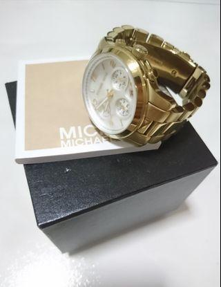 Michael Kors Metal Strap (in Gold Color) 38mm diameter MK5305 (Authentic)