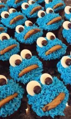 Elmo and Cookie Monster cupcake