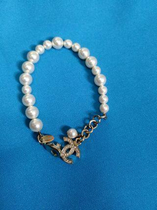 Chanel 珠珠手鋉