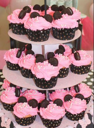 Minnie Mouse Cupcakes 🧁