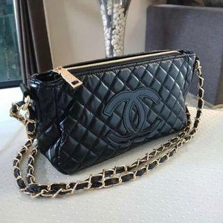 Authentic 💯 CHANEL quilted VIP gift shoulder bag