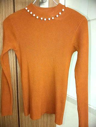 🚚 Knitted Top and blouse