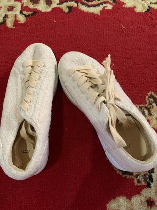 Zara sneakers ori