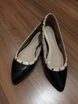 Dorothy Perkins Flat Shoes