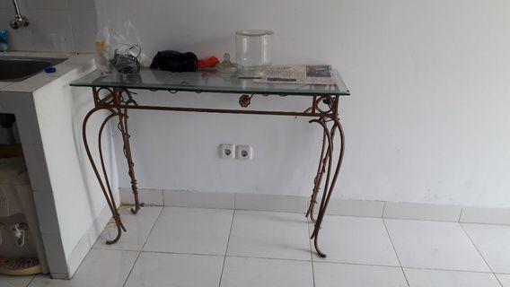 meja hias kaca panjang