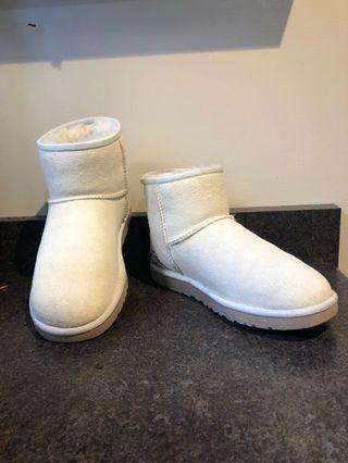 ✨SALE✨ UGG boots