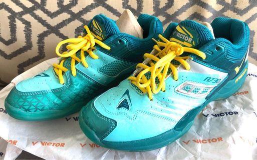 🚚 Badminton Shoe - Victor A730