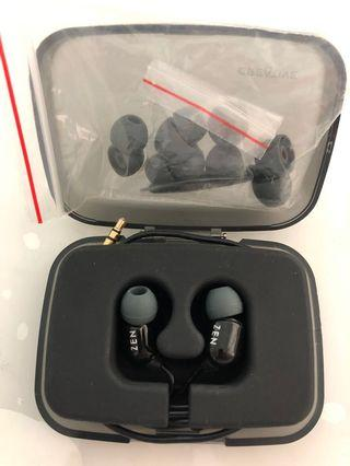 🚚 Creative In-ear Earphones
