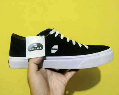 Sepatu Nerva