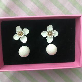 Möda Iqoqo Earrings