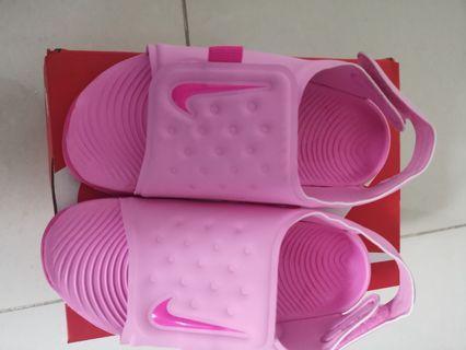Girls Nike Sunray Adjust sandal pink