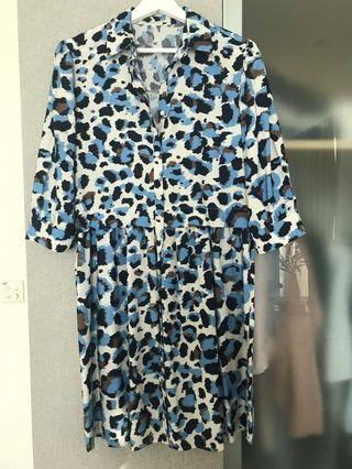 🚚 Print dress