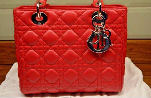 Dior Lady Mini red color