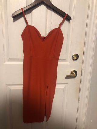 Sweetheart neckline orange dress with slit