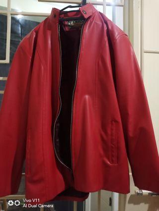 Jaket Kulit Merah