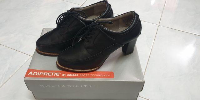 Rockport Shoe