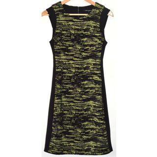 CUE IN THE CITY BLACK & GREEN PATTERN CONTRAST PANEL EXPOSED ZIP PENCIL DRESS 8