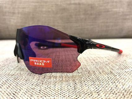 Oakley™️ EVZERO (Polished Black/Prizm Road)
