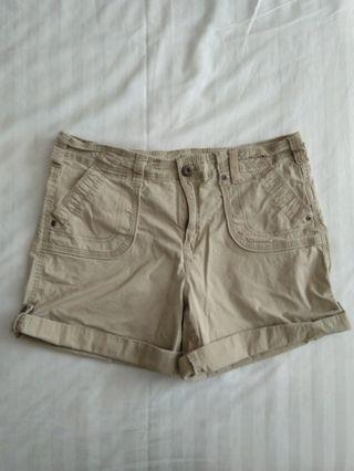 Khaki & Co size 10 shorts