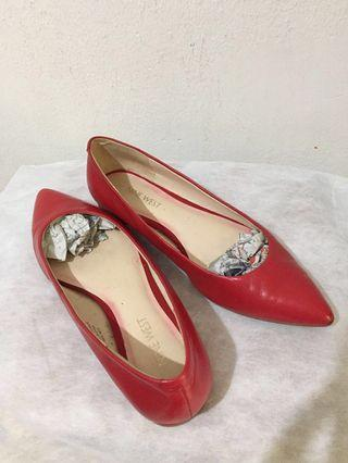 Preloved NINE WEST Authentic Red Leather Flat Shoes