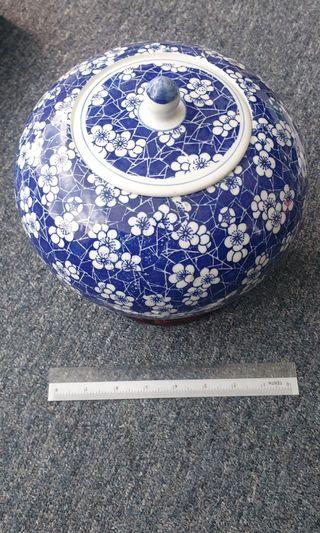Decorative Chinese Vase with wooden stand