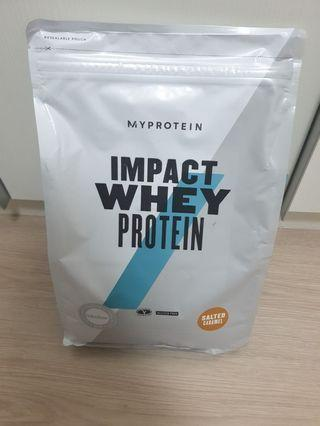 🚚 2.5kg salted caramel Impact Whey Protein