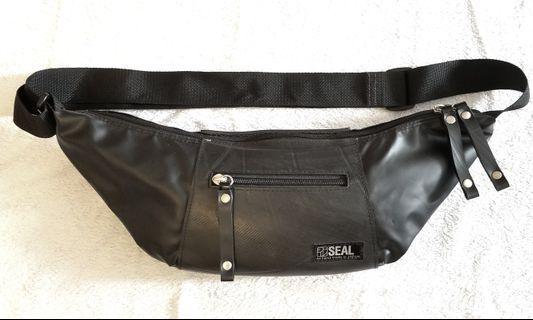 Price reduced! Seal Japan Sling Waist Bag