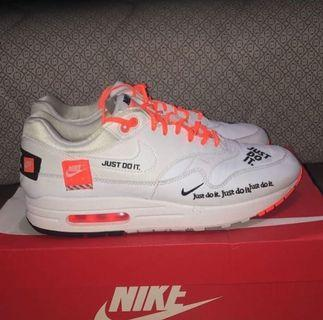 Nike airmax just do it