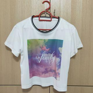[Instock] White Graphic Crop Top