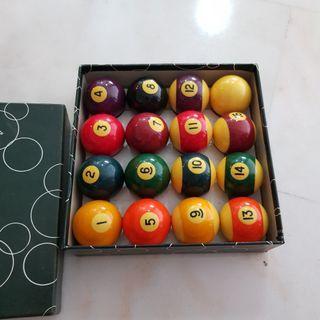 🚚 Snooker ball