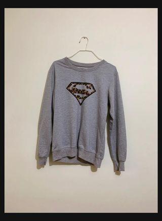 🚚 Grey Top