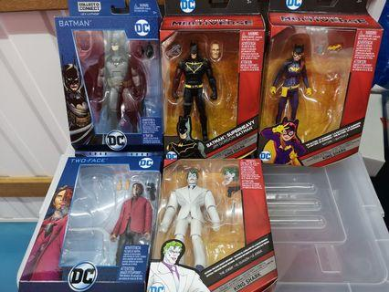 🚚 DC Multiverse Batman figures Batman, Batgirl, Joker, Two Face