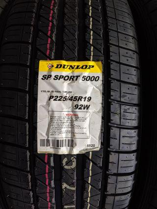 Dunlop SP Sport 5000 225/45 19